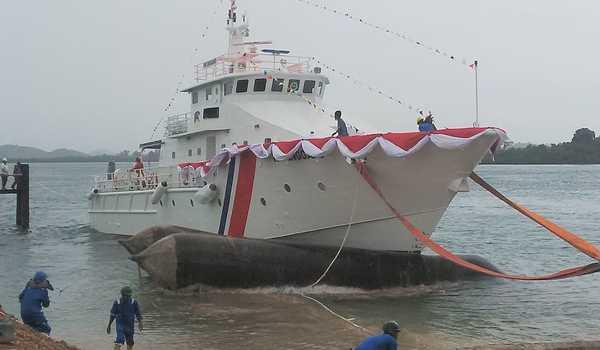 Beragam Alat Navigasi Kapal Laut