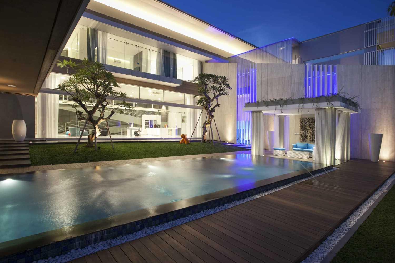 Desain Rumah Mewah dan Modern